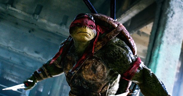 Michael Bay's Blowing stuff up again ! TMNT Review