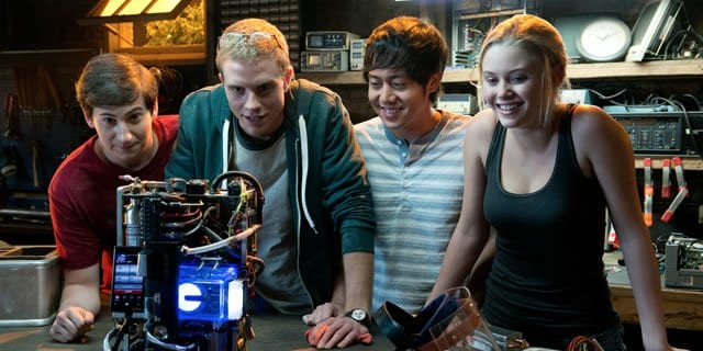 project-almanac-movie-review-01292015-080207