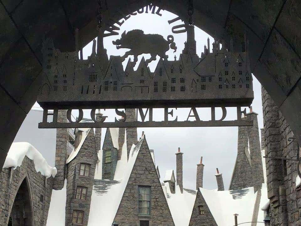 Hogsmeade - Harry Potter Hollywood